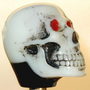 Ivory Skull - Light-up Version